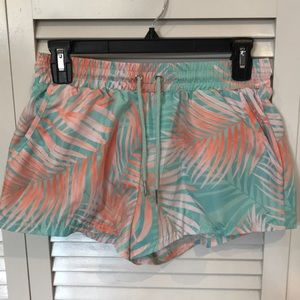 Active Palm Leaf Print Wind Shorts